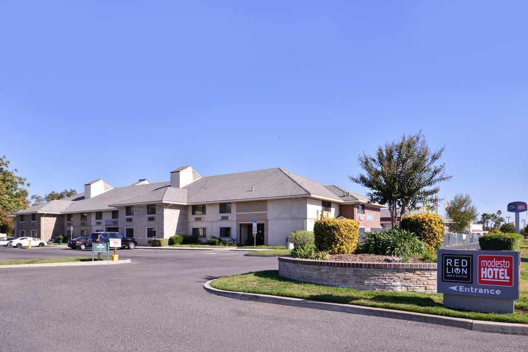 Red Lion Inn & Suites - Modesto, CA